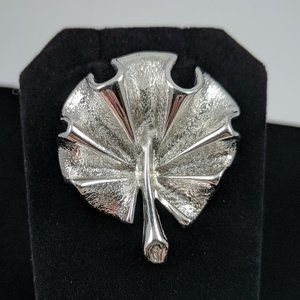 SARAH COVENTRY TEXTURED LEAF RUFFLE PIN BROOCH